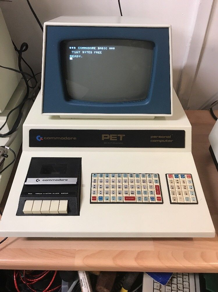 RARE! Commodore blue screened chicklet PET